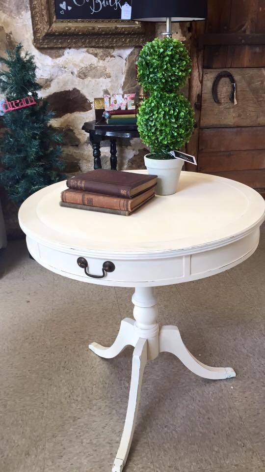 Pedestal table1