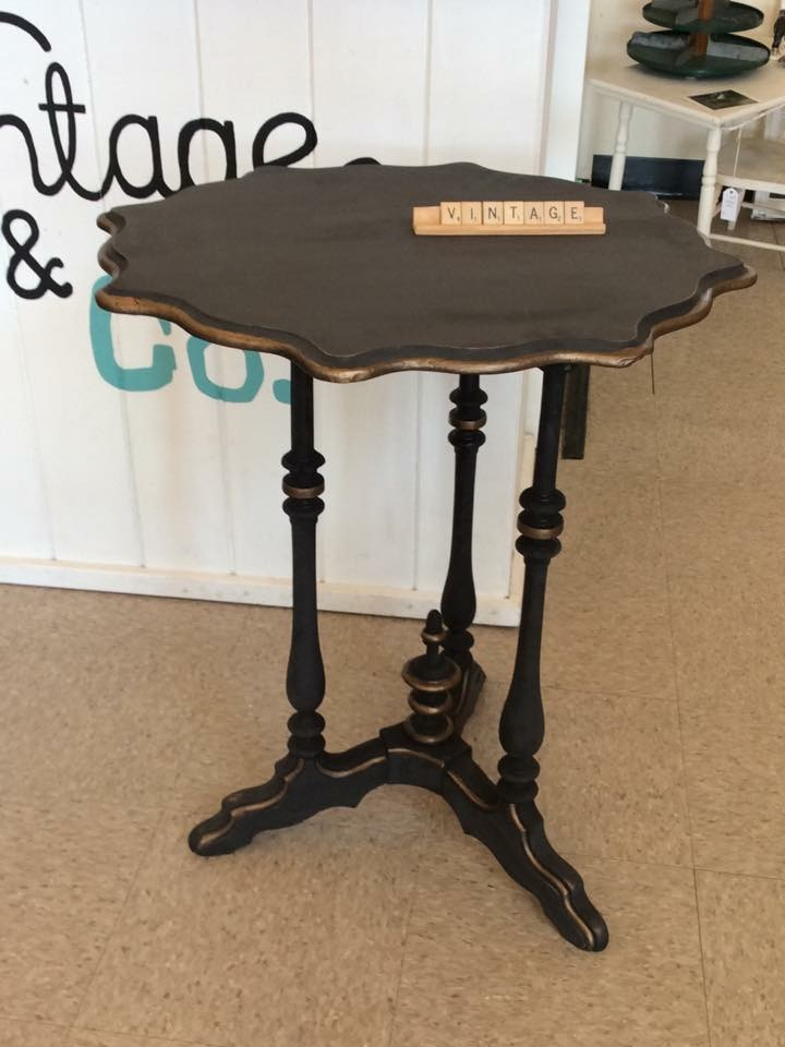 black Elegant Table